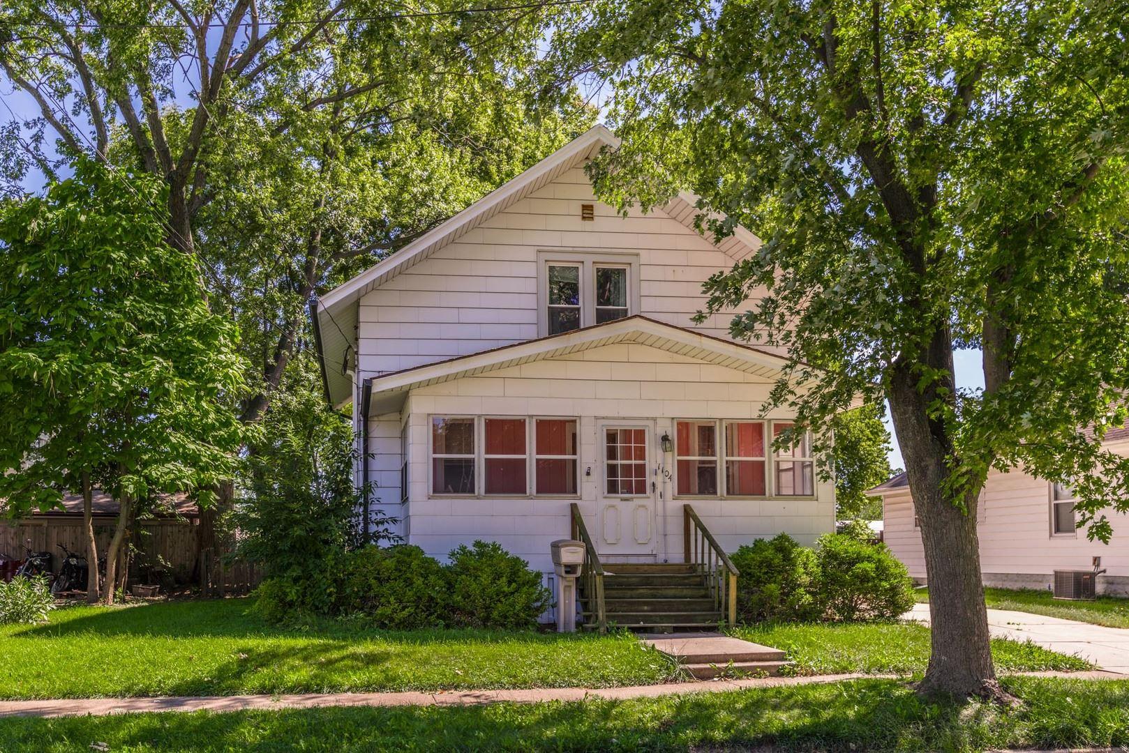 1104 S Lee Street, Bloomington, IL 61701 - #: 10660984