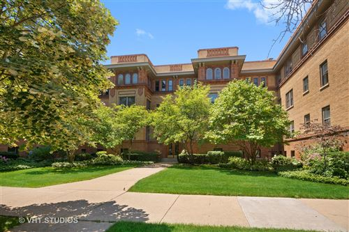 Photo of 311 W BELDEN Avenue #A2, Chicago, IL 60614 (MLS # 11225986)
