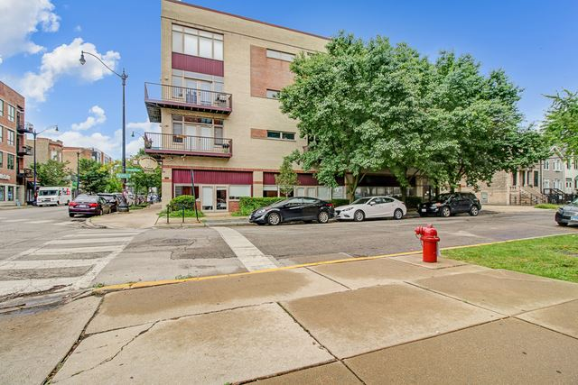 Photo for 3069 West Armitage Avenue #2S1, Chicago, IL 60647 (MLS # 10591986)