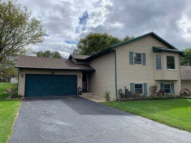 26 King Henry Road South East, Poplar Grove, IL 61065 - #: 10562987