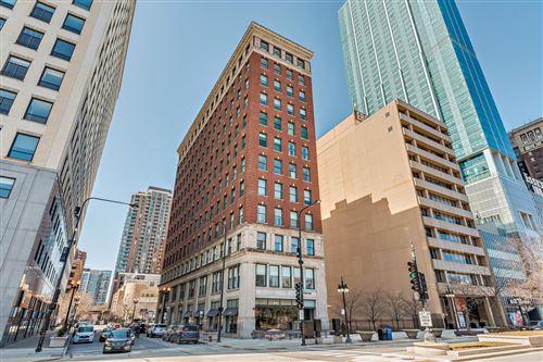 Photo of 888 S MICHIGAN Avenue #PH2, Chicago, IL 60605 (MLS # 11197988)