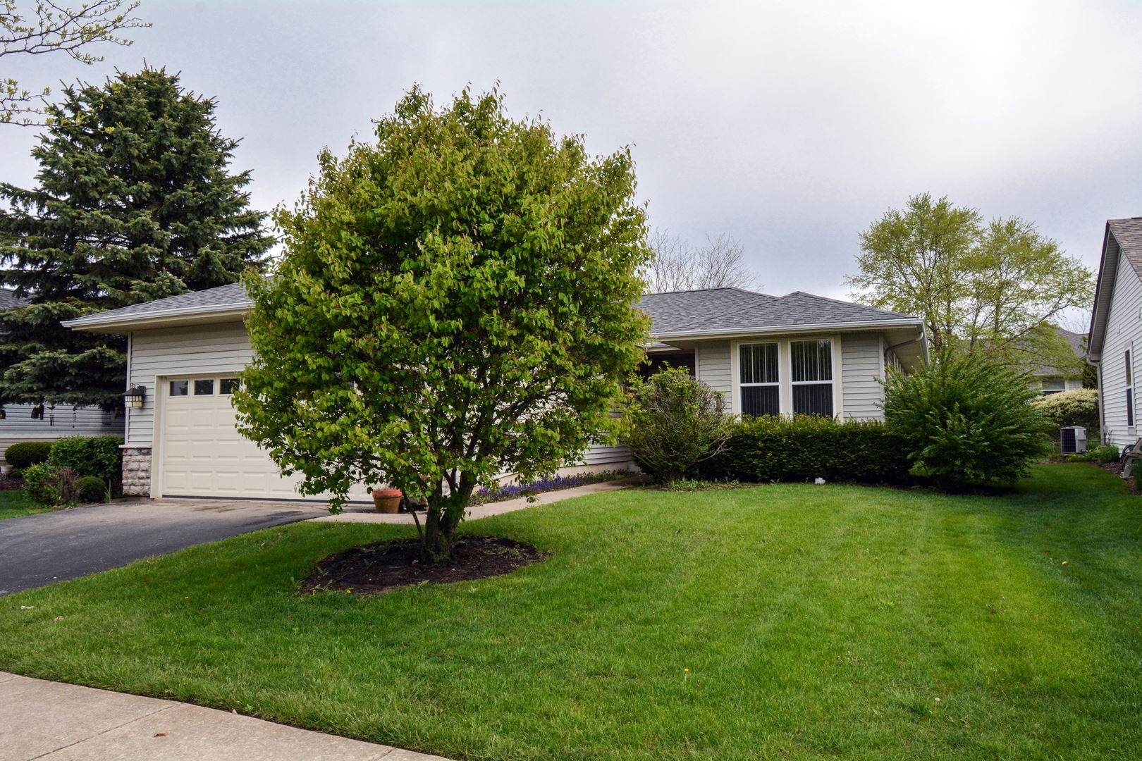 13027 Wisconsin Circle, Huntley, IL 60142 - #: 10718988