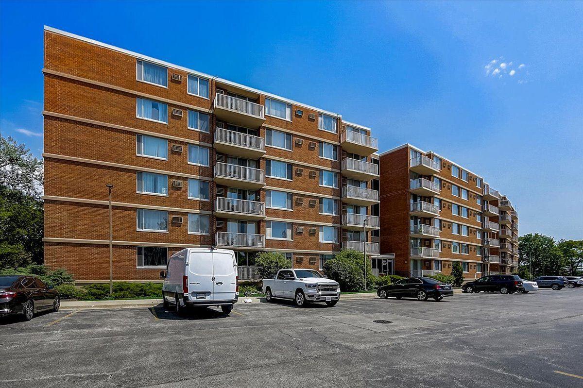 2201 S Highland Avenue #2G, Lombard, IL 60148 - #: 11253988