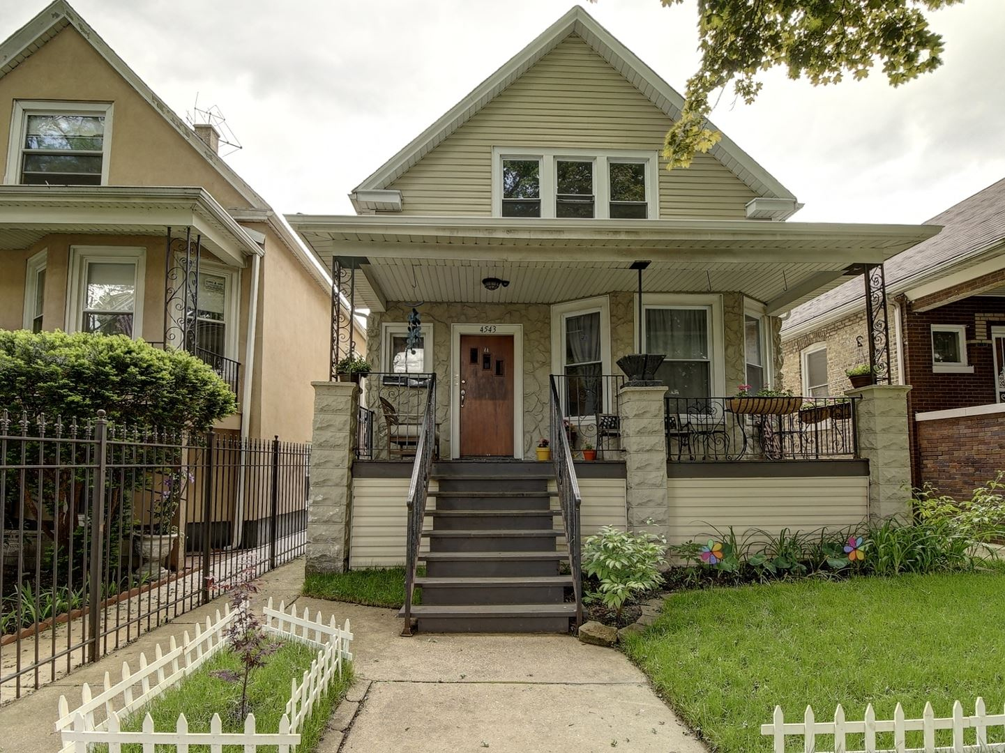 4543 N Drake Avenue, Chicago, IL 60618 - #: 10730993