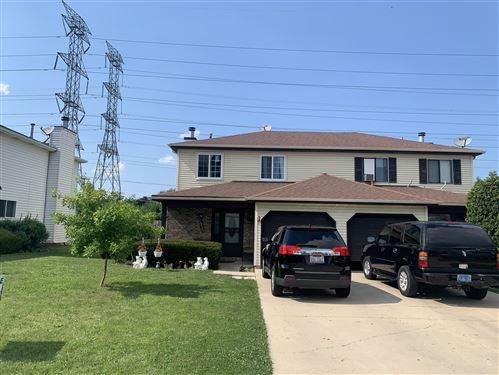 Photo of 960 Autumn Lane, Aurora, IL 60505 (MLS # 10769994)