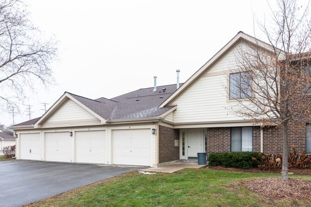 812 E Carriage Lane UNIT 1, Palatine, IL 60074 - #: 10544996