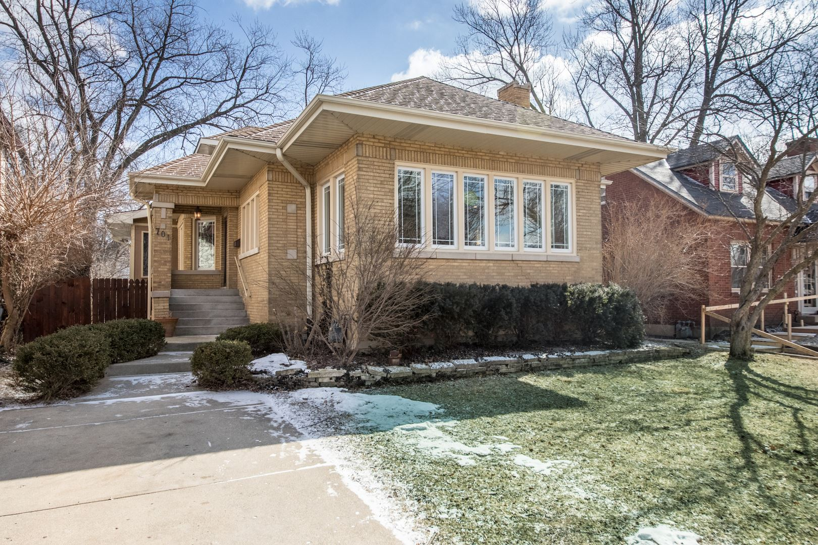 701 COURTLAND Avenue, Park Ridge, IL 60068 - #: 10593997