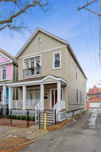 Photo of 3144 N Clifton Avenue, Chicago, IL 60657 (MLS # 10978998)