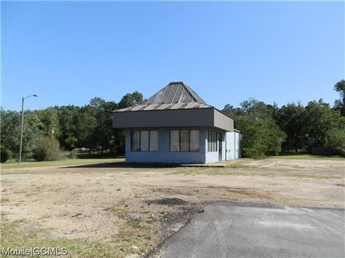 Photo of 430 CRAFT HIGHWAY S, CHICKASAW, AL 36611 (MLS # 647286)