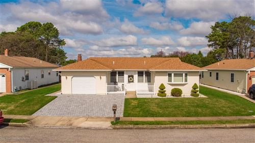 Photo of 41 Encinitas Drive, Toms River, NJ 08757 (MLS # 22012084)