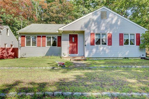 Photo of 218 Pine Brook Road, Manalapan, NJ 07726 (MLS # 22030117)