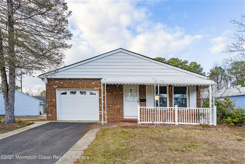 Photo of 7 Encinitas Drive, Toms River, NJ 08757 (MLS # 22100143)