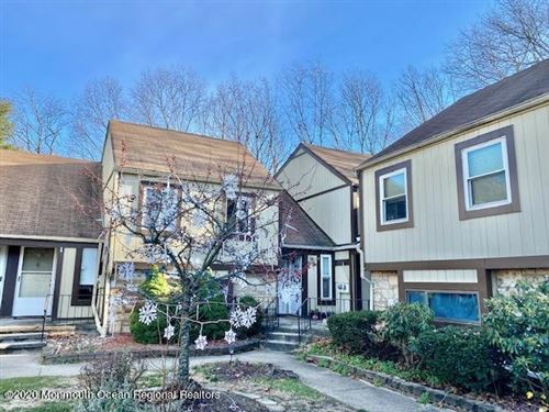 Photo of 8 Woodpecker Road, Howell, NJ 07731 (MLS # 22043156)