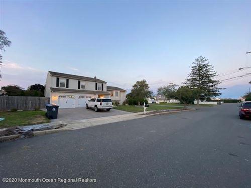 Photo of 1306 Linda Drive, Toms River, NJ 08753 (MLS # 22030173)