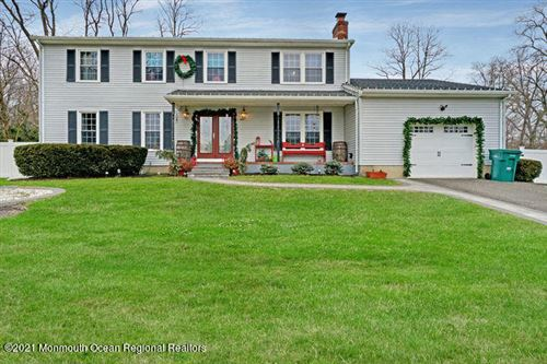 Photo of 4 Spicy Pond Road, Howell, NJ 07731 (MLS # 22043175)