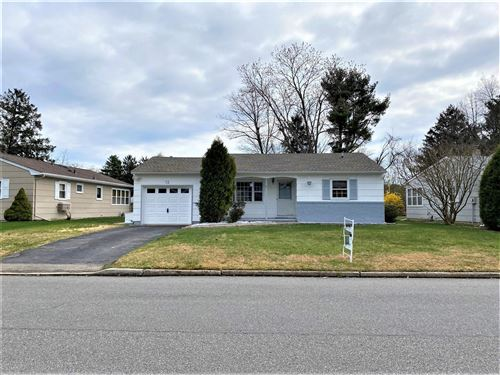 Photo of 72 Edinburgh Drive, Toms River, NJ 08757 (MLS # 22007192)