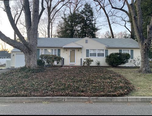 Photo of 15 Laurel Drive, Fair Haven, NJ 07704 (MLS # 22007214)