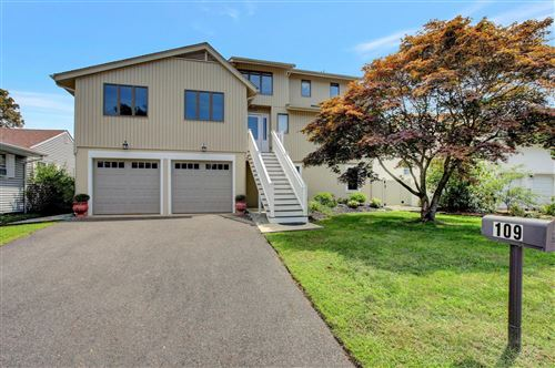 Photo of 109 Point O Woods Drive, Toms River, NJ 08753 (MLS # 22030343)