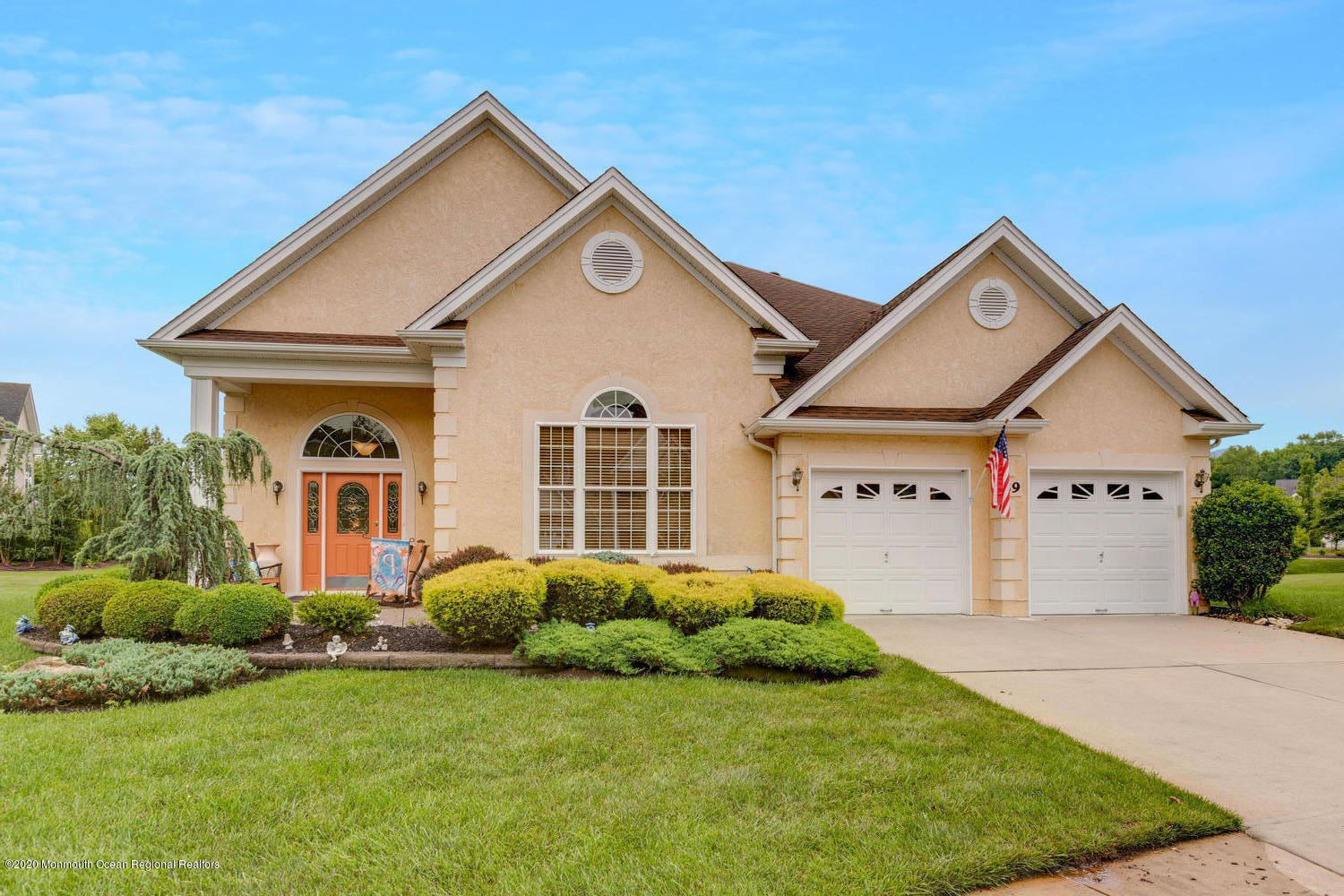 39 Dunberry Drive, Freehold, NJ 07728 - MLS#: 22022349
