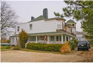 Photo of 5 Riverview Road, Monmouth Beach, NJ 07750 (MLS # 22006410)