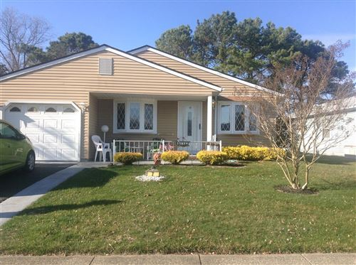 Photo of 7 Madras Court, Toms River, NJ 08757 (MLS # 22011423)