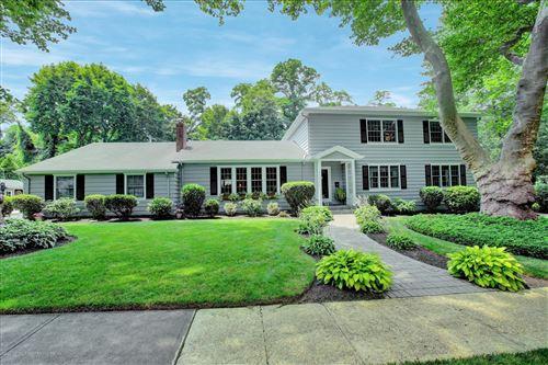 Photo of 9 Buttonwood Drive, Shrewsbury Boro, NJ 07702 (MLS # 22022457)
