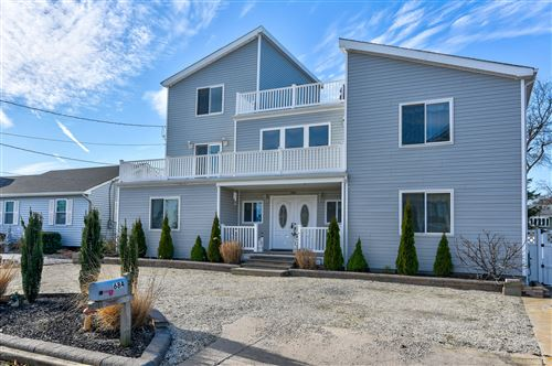 Photo of 684 Bayview Drive, Toms River, NJ 08753 (MLS # 22016476)