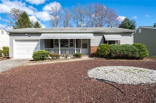 Photo of 5 Hatfield Road, Toms River, NJ 08757 (MLS # 22011517)
