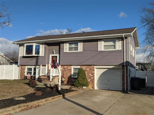 Photo of 627 Fountain Drive, Toms River, NJ 08753 (MLS # 21947598)