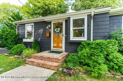 Photo of 234 Passaic Avenue, Point Pleasant, NJ 08742 (MLS # 22022632)