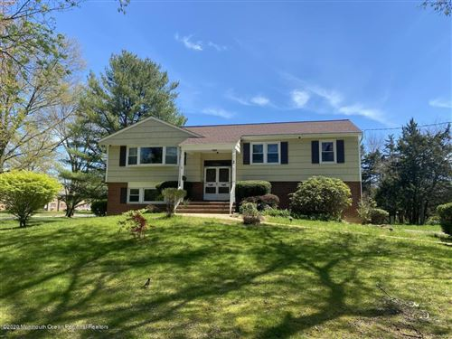 Photo of 2 Windsor Drive, Freehold, NJ 07728 (MLS # 22014645)
