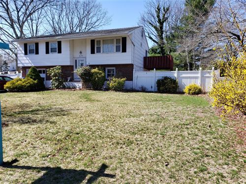 Photo of 54 Periwinkle Lane, Toms River, NJ 08753 (MLS # 22010647)