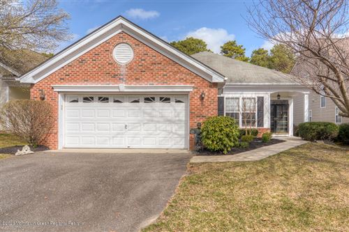 Photo of 39 Spring Valley Drive, Lakewood, NJ 08701 (MLS # 22010789)