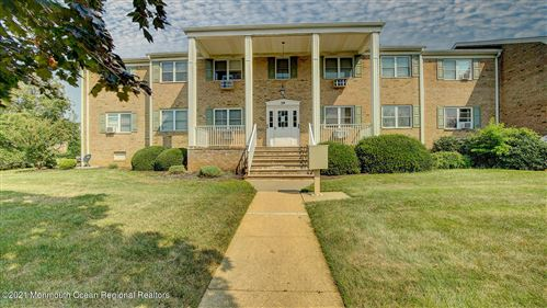 Photo of 39 Manchester Court #B, Freehold, NJ 07728 (MLS # 22124825)