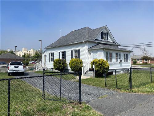 Photo of 105 Sampson Place, Long Branch, NJ 07740 (MLS # 22016848)