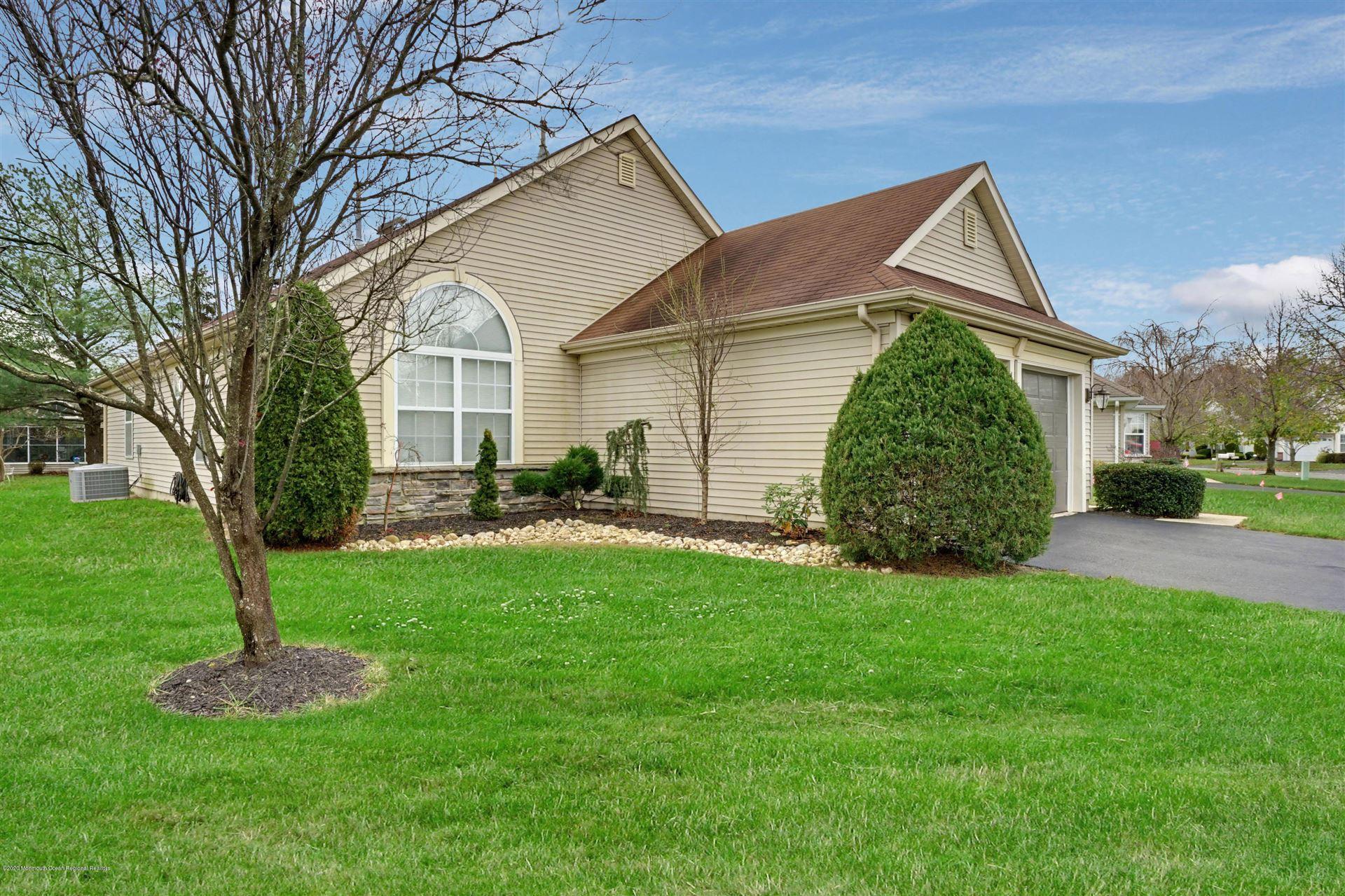 15 Pine Hollow Lane, Lakewood, NJ 08701 - #: 22040995