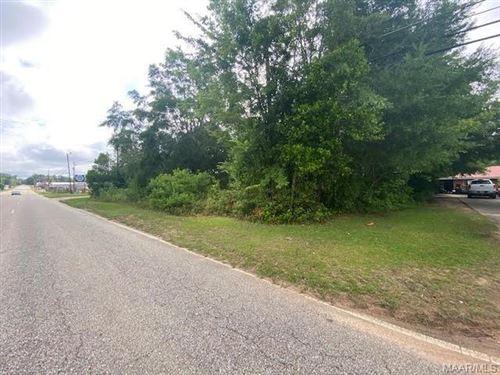 Photo of 1131 Geneva Highway, Enterprise, AL 36330 (MLS # 496549)