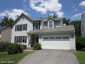 Photo of 25 SOLITAIRE CT, GAITHERSBURG, MD 20878 (MLS # MC10303011)