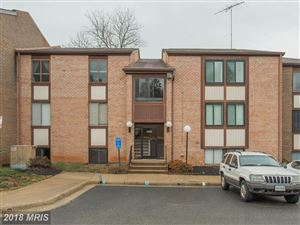 Photo of 3109 BUCCANEER CT #001, FAIRFAX, VA 22031 (MLS # FX10160037)