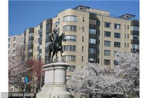 Photo of 1 SCOTT CIR NW #513, WASHINGTON, DC 20036 (MLS # DC10326086)