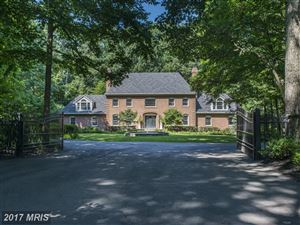 Photo of 312 RUNNER RD, GREAT FALLS, VA 22066 (MLS # FX10084094)