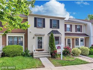 Photo of 7606 SOUTHERN OAK DR, SPRINGFIELD, VA 22153 (MLS # FX10243106)