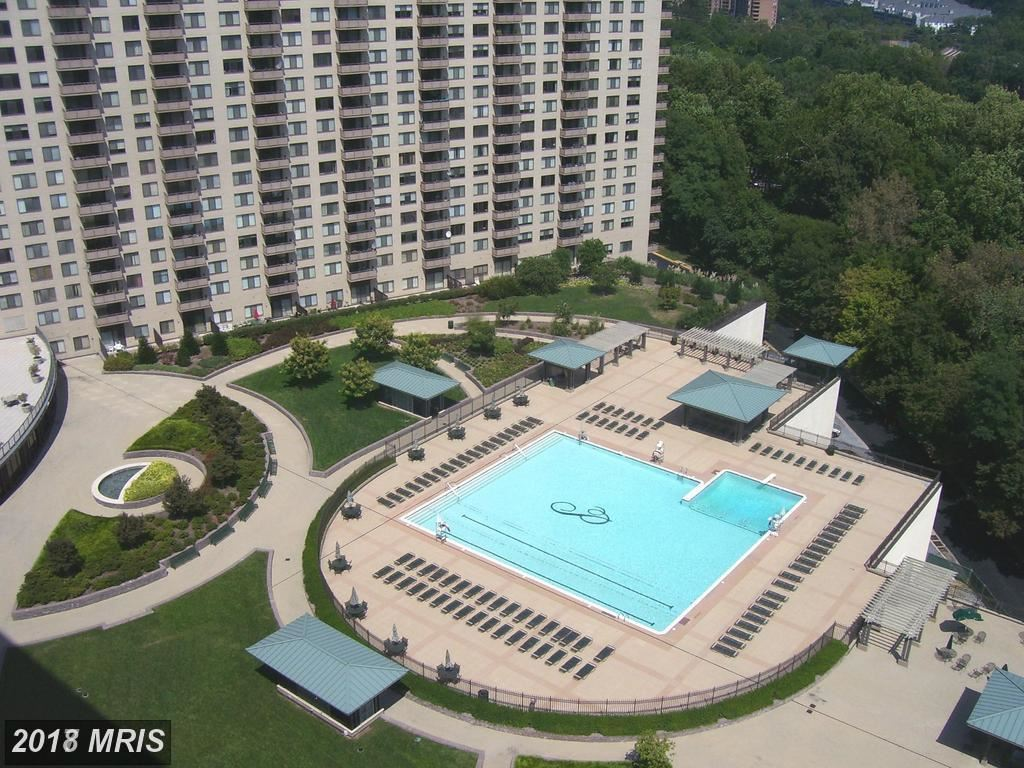 Photo for 5225 POOKS HILL RD #1203N, BETHESDA, MD 20814 (MLS # MC10134151)