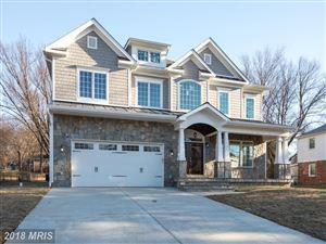 Photo of 105 SAINT ANDREWS DR NE, VIENNA, VA 22180 (MLS # FX10160183)
