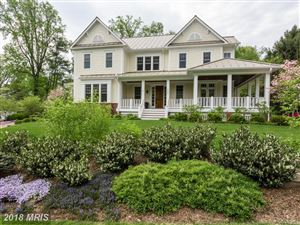 Photo of 6827 WEMBERLY WAY, McLean, VA 22101 (MLS # FX10207189)