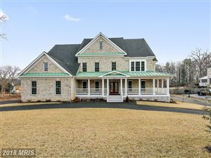 Photo of 4927 SUNSET LN, ANNANDALE, VA 22003 (MLS # FX10154198)