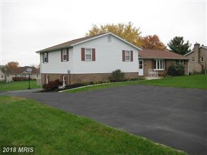 Photo of 171 SUNSET DR, HANOVER, PA 17331 (MLS # YK10149201)