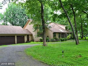 Photo of 414 OLE DIRT RD, GREAT FALLS, VA 22066 (MLS # FX10133204)