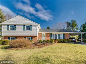 Photo of 18717 ROLLING ACRES WAY, OLNEY, MD 20832 (MLS # MC10127225)