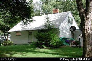 Photo of 513 CALVIN LN, ROCKVILLE, MD 20851 (MLS # MC8755245)